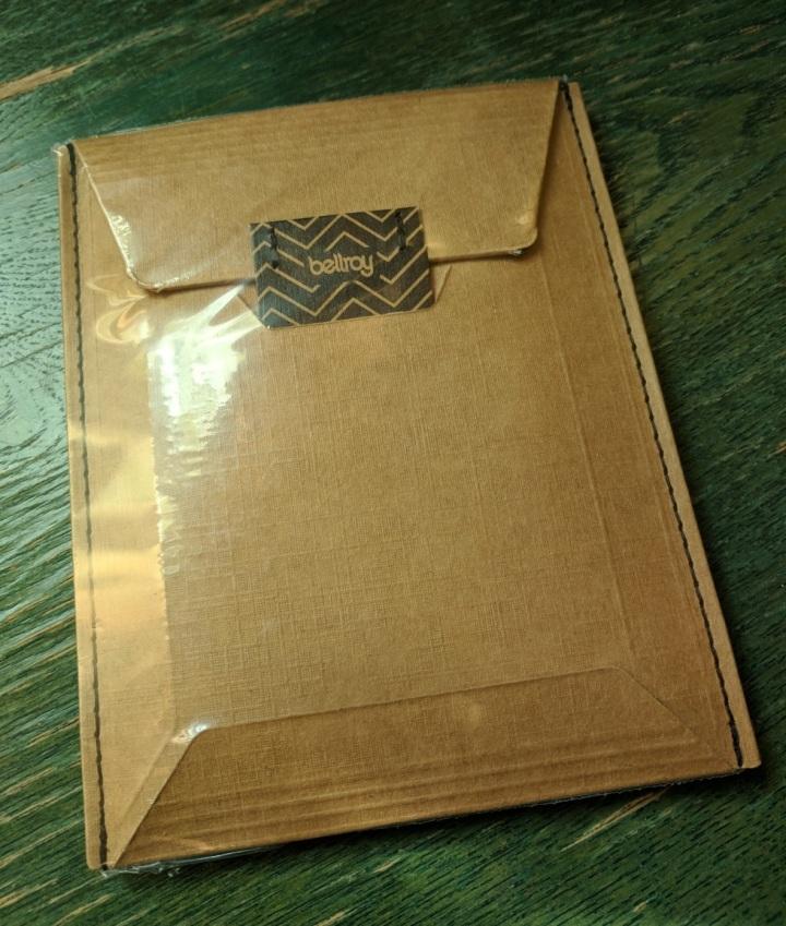 Bellroy Note Sleeve packaging